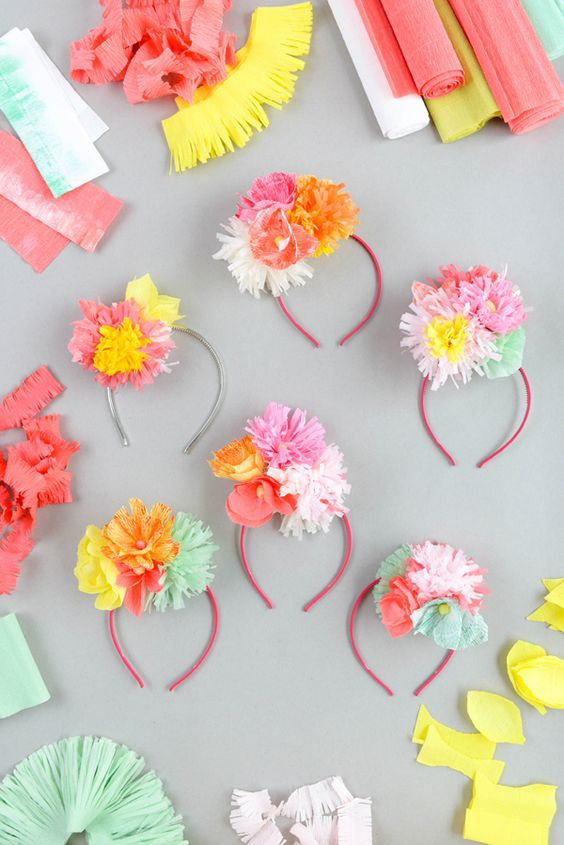 12 DIY Paper Flower Crafts And Projects - DIY Ideas